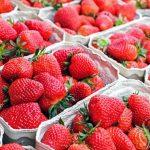 Po jakie owoce sezonowe warto sięgać?